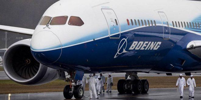"""بوينغ تبرم أول عقد بيع لطائرة """"737 ماكس"""" بعد توقف أكثر من عام"""