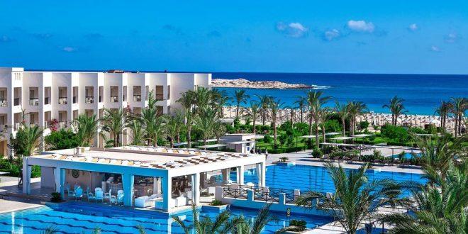 محافظ مطروح يكشف عن بدء تشغيل 20 فندقًا جديدًا .. ومطالب بزيادة الإشغال