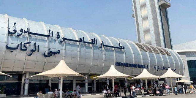 مطار القاهرة يستقبل 615 مصرياً عالقاً فى الإمارات