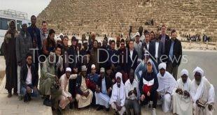 الأزهر ينظم رحلة سياحية للأئمة والوعاظ الوافدين للأهرامات