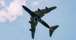 الغبار يتسبب فى عودة طائرة يابانية .. بعد شكوى الركاب