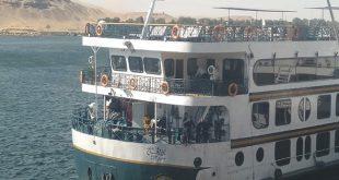تفاصيل اصطدام باخرة سياحية بعدد من المراكب فى أسوان