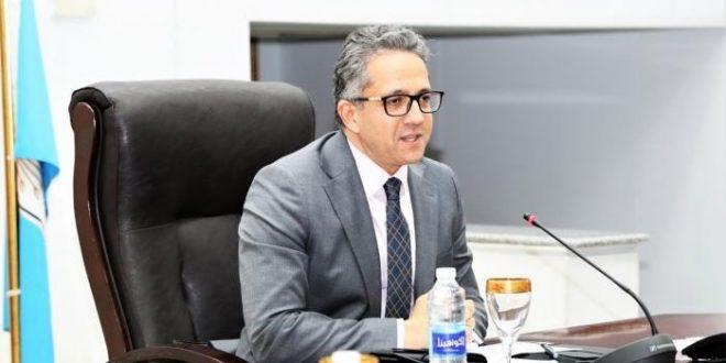 العناني بحل مجلس إدارة غرفة السياحة ولجنة لتسيير أعمالها برئاسة الببلاوي