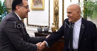 رئيس الوزراء يلتقى الدكتور مجدى يعقوب.. تعرف على السبب