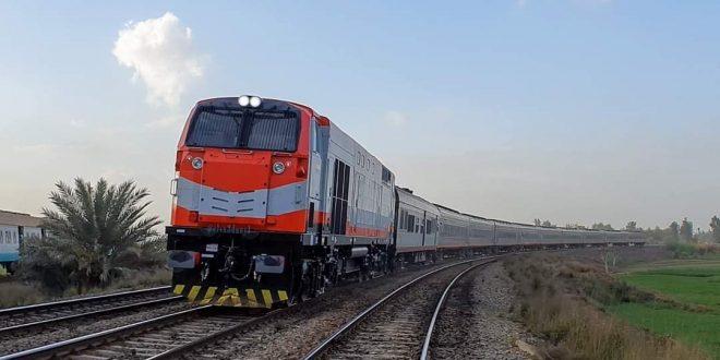 الرابعة عصراً آخر قطار بين القاهرة والإسكندرية.. والواحدة أخر رحلة للصعيد