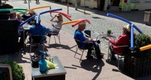 ترافلر : مقهى روث بألمانيا يتحول لترند عالمى والسباحة أصبحت وسيلة للتباعد