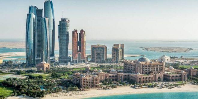 أبوظبي تغطى تكاليف فحص كورونا للزوار المحليين لإنعاش السياحة الداخلية