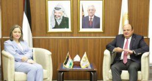 سلطة النقد الفلسطينية ووزيرة السياحة يناقشان تداعيات فيروس كورونا