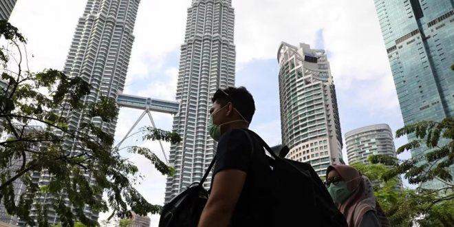 """محادثات بين ماليزيا وسنغافورة وبروناي لإقامة """"ممرات خضراء"""" أمام حركة السفر"""