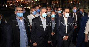 رئيس الوزراء يتفقد الأعمال النهائية لمشروع تطوير ميدان التحرير