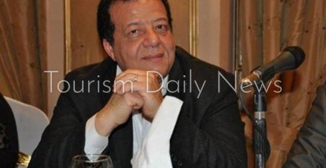 عاطف عبداللطيف، رئيس جمعية مسافرون للسياحة وعضو جمعيتي مستثمري السياحة بمرسى علم وجنوب سيناء