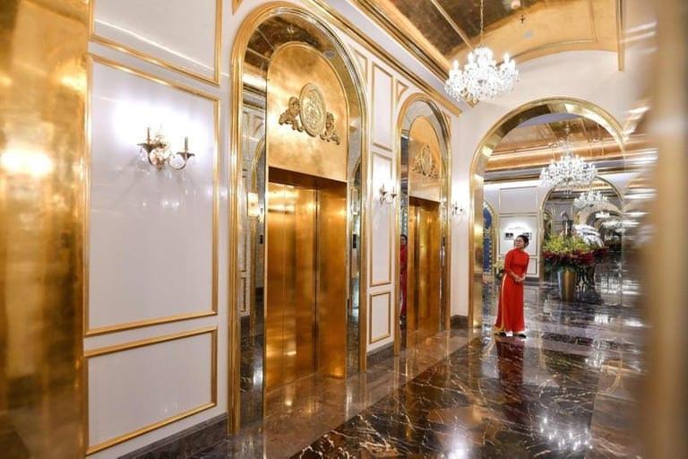 أول فندق مطلي بالذهب في العالم .. تكلفة الإقامة ألف دولار لليلة الواحدة