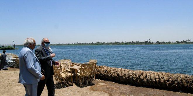 إستكمال كورنيش النيل بقرية العضاضية بمدينة أبوتشت
