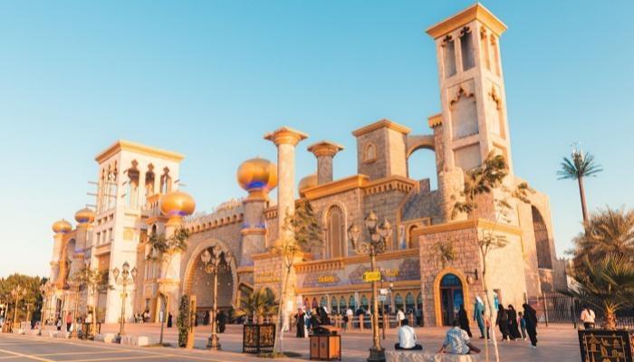 الإمارات تنتظر الزائرين والقرية العالمية تفتح ذراعيها للإحتفال بالموسم 25