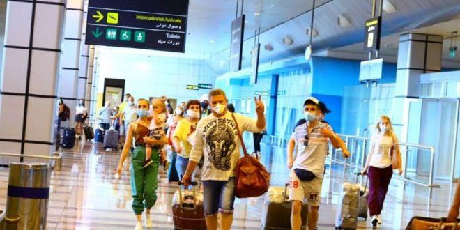 السياحة تعلن عن عدد السياح وجنسايتهم التي تم استقبالهم في الـ4 الأيام