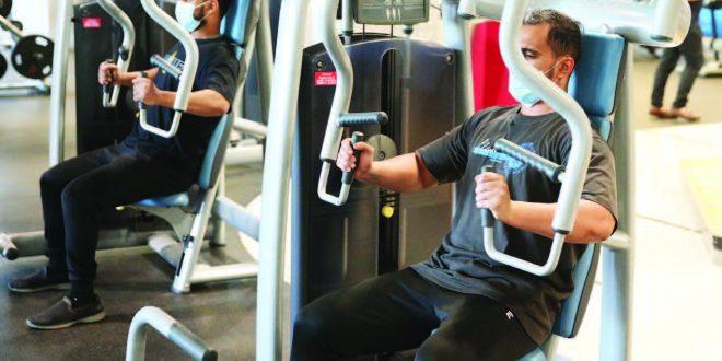 الصالات الرياضية تلتزم بالإجراءات الاحترازية للحد من انتشار فيروس كورونا