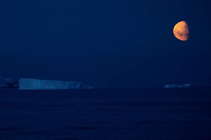 العالم يشهد خسوفاً شبه ظلي للقمر .. وهذا موعده في القاهرة
