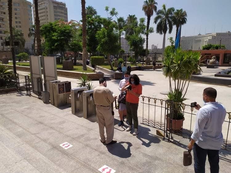 العناني يتجول فى المتحف المصري ويعلن إفتتاح أهرامات الجيزة أمام الجمهور