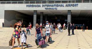 الغردقة تستقبل 11 رحلة طيران من أوكرانيا وبيلاروسيا وسويسرا تقل 1300 سائح