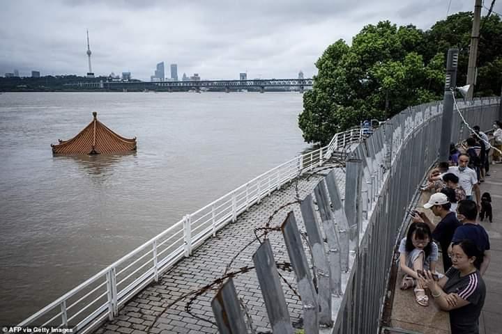 كارثة جديدة على أبواب ووهان الصينية بعيدا عن كورونا واطلاق صفارات الإنذار