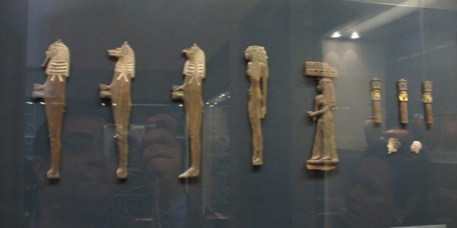 """متحف اللوفر يعيد فتح أبواب """"التحف المصرية"""" أمام الزوار"""