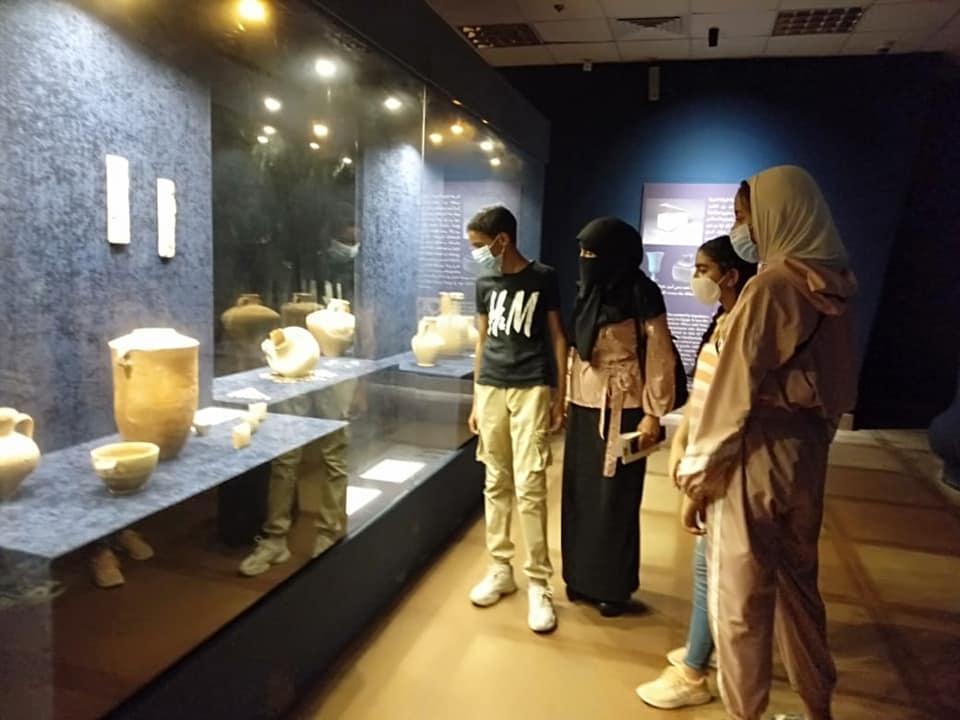 وزارة السياحة تنظم رحلات سياحية توعوية للمواطنين في المحافظات المختلفة