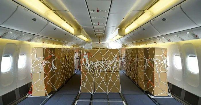طيران الإمارات يحول طائرات الركاب إلي طائرات شحن بشكل مؤقت