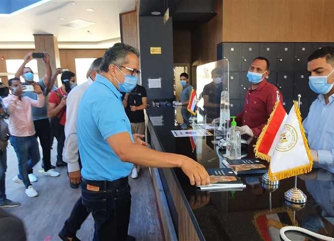 العناني والأمين العام لمنظمة السياحة العالمية يتفقدان متحف الغردقة .. صور4