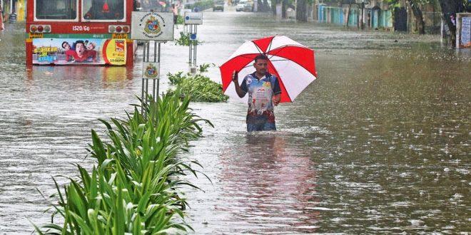 الهند : تعطل السكك الحديدية والمرور بسبب الأمطار الغزيرة