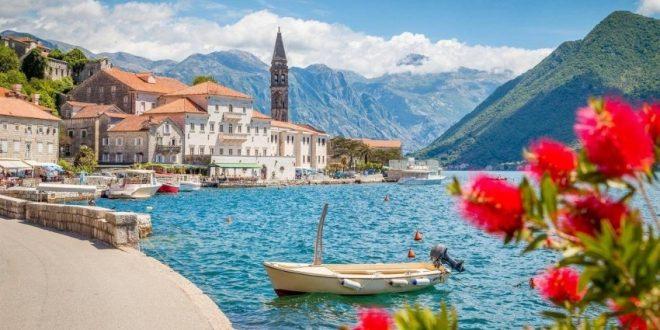 توقف السياحة في أول دولة أوروبية كانت خالية من كورونا