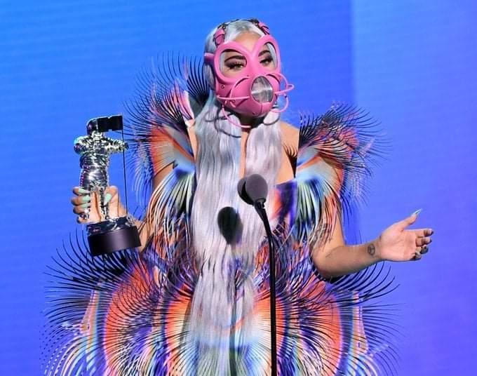 كيف غيرت جائحة كورونا حفل جوائز MTV هذا العام ؟
