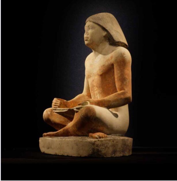 متحف عاصمة التشيك القومي يستقبل القطع الآثرية المشاركة بمعرض ملوك الشمس