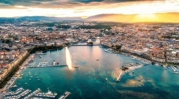 جنيف تغازل السياح بقسائم مجانية لإنفاقها في المدينة