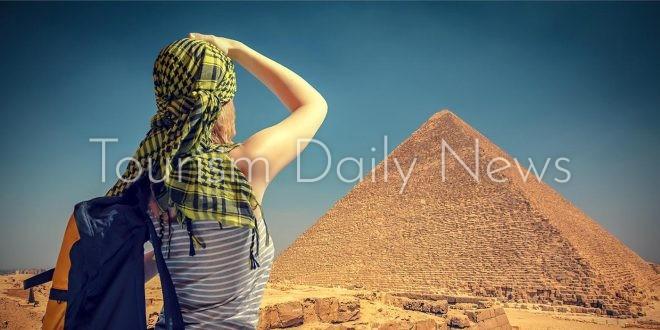التعبئة والإحصاء: 350 ألف سائح أمريكى زاروا مصر فى 2019