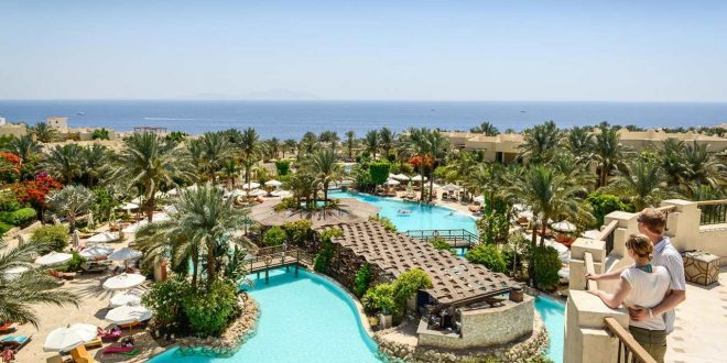 استقالة رئيس مجلس ادارة المصرية للمنتجعات السياحية .. ما هى الأسباب