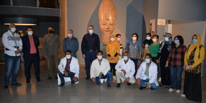 العناني يتفقد قطع آثار متحف الأقصر المنقولة منتونة الجبل والمتحف المصري5