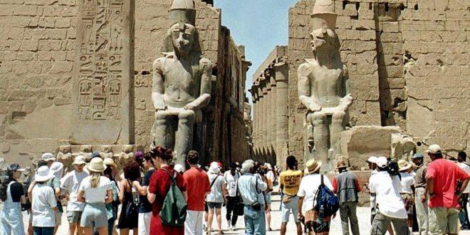 بحث المصريين عن السياحة المحلية