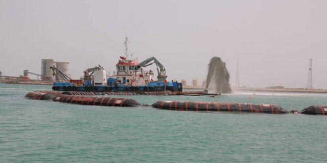 الجرافات الإماراتية تفوز بعقد توسعة بحيرة المنزلة بتكلفة 163 مليون دولار