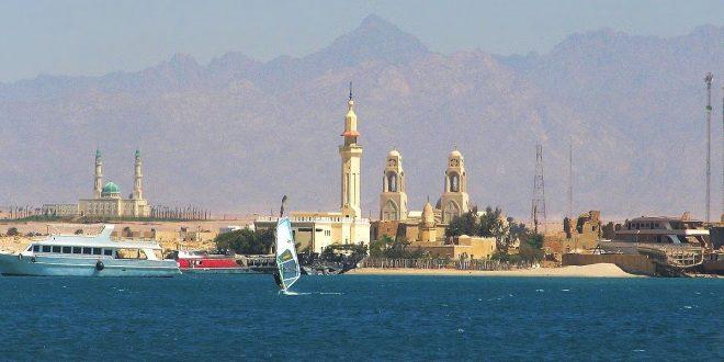 جنوب سيناء تسعى لتحويل الطور لمدينة سياحية عالمية مثل شرم الشيخ ودهب