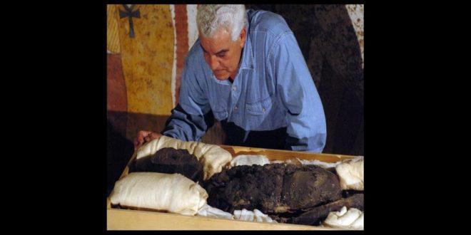 عالم الآثار الدكتور زاهي حواس سفيراً بمنظمة السياحة العالمية