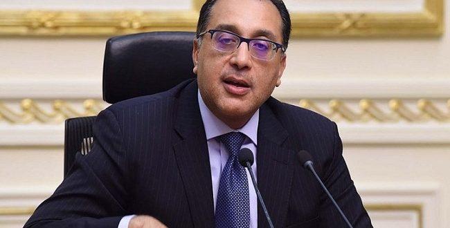 الحكومة تبدأ تخفيض قوة العمل بالوزارات والقطاعات والإدارات لمواجهة كورونا