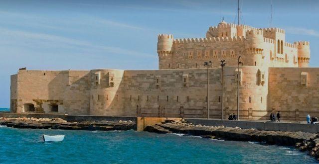آثار الإسكندرية : مد ساعات العمل بقلعة قايتباى حتى الساعة الثامنة مساء