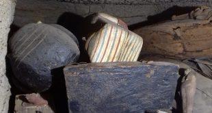 البعثة الأثرية المصرية تكتشف بئراً جديداً به 14 تابوتا منذ 2500 عاماً