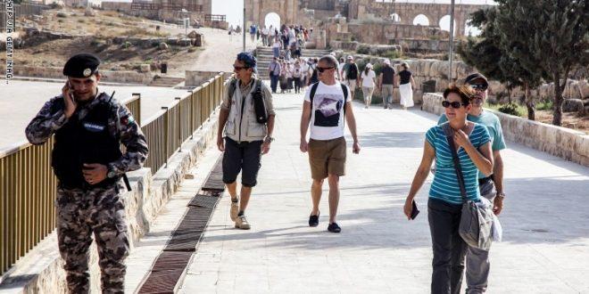 منتدى الاستراتيجيات الأردني يصدر تقريرا عن أداء القطاع السياحي خلال كورونا