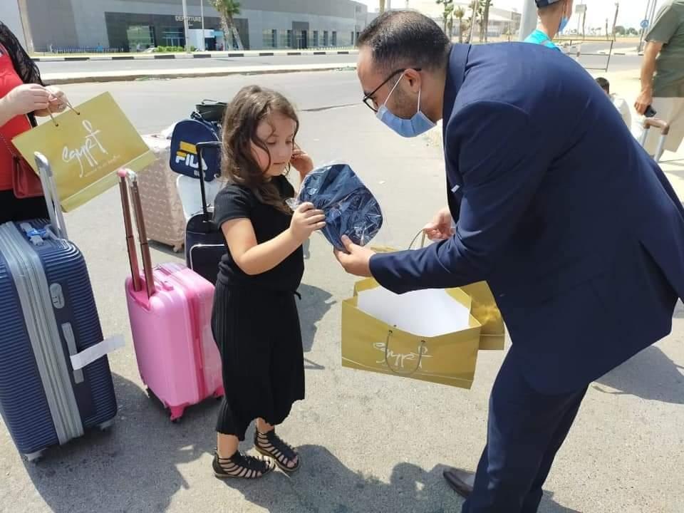 وصول أولي رحلات الشارتر من ارمينيا الي شرم الشيخ5