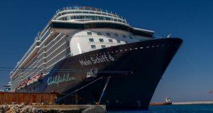 """كورونا يعطل رحلة السفينة السياحية """"ماين شيف 6"""" فى اليونان"""