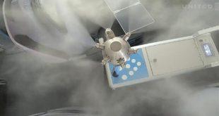 شركة طيران أمريكية تستعين بروبوتات عملاقة لتعقيم طائراتها