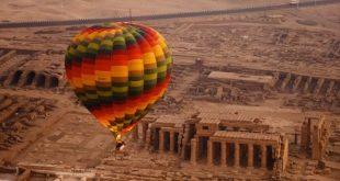 أول رحلة بالون تحلق فوق سماء الأقصر بعد توقف استمر لنحو 7 أشهر