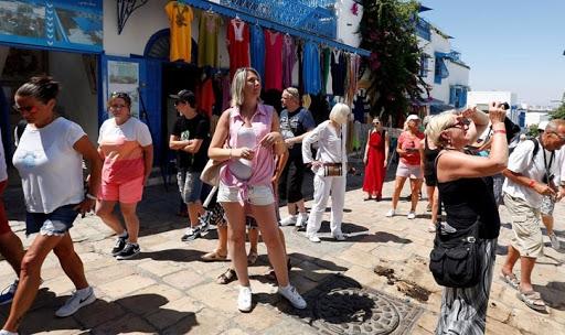 البنك المركزي يمدد تأجيل أقساط قروض المنشآت السياحية فى تونس