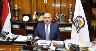 الداودي يناقش مقترحات تطوير كورنيش النيل وإقامة آخر فى غرب محافظة قنا